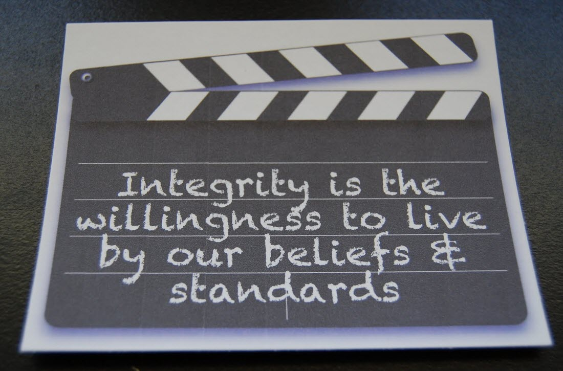 how to live life with integrity